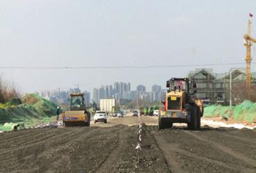 安州河东片区重点道路建设开足马力
